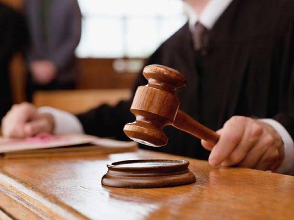 Delo sodstva v letu 2020 opazno okrnjeno zaradi epidemije